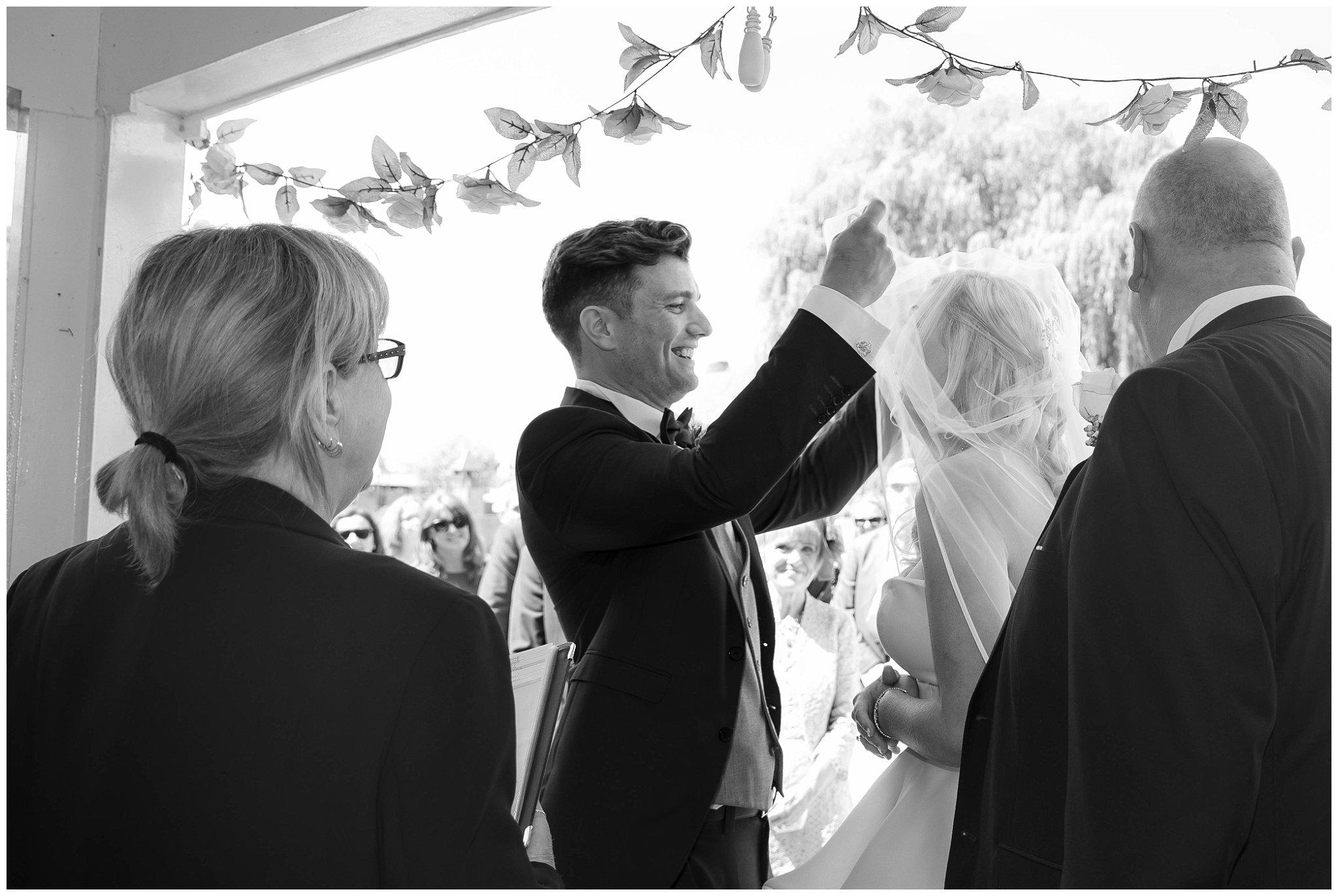 The Hop Farm wedding photos